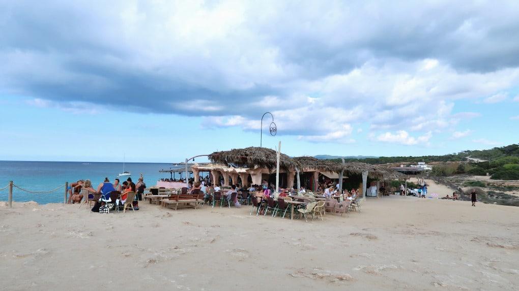 Cala-Comte-beach-bar